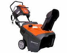 Husqvarna ST121E Snow Thrower With Electric Start